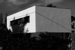 Maison dans un paysage de lopins isolés