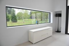 Larges fenêtres horizontales